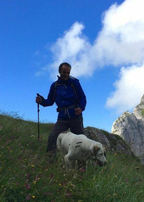 guide in albania