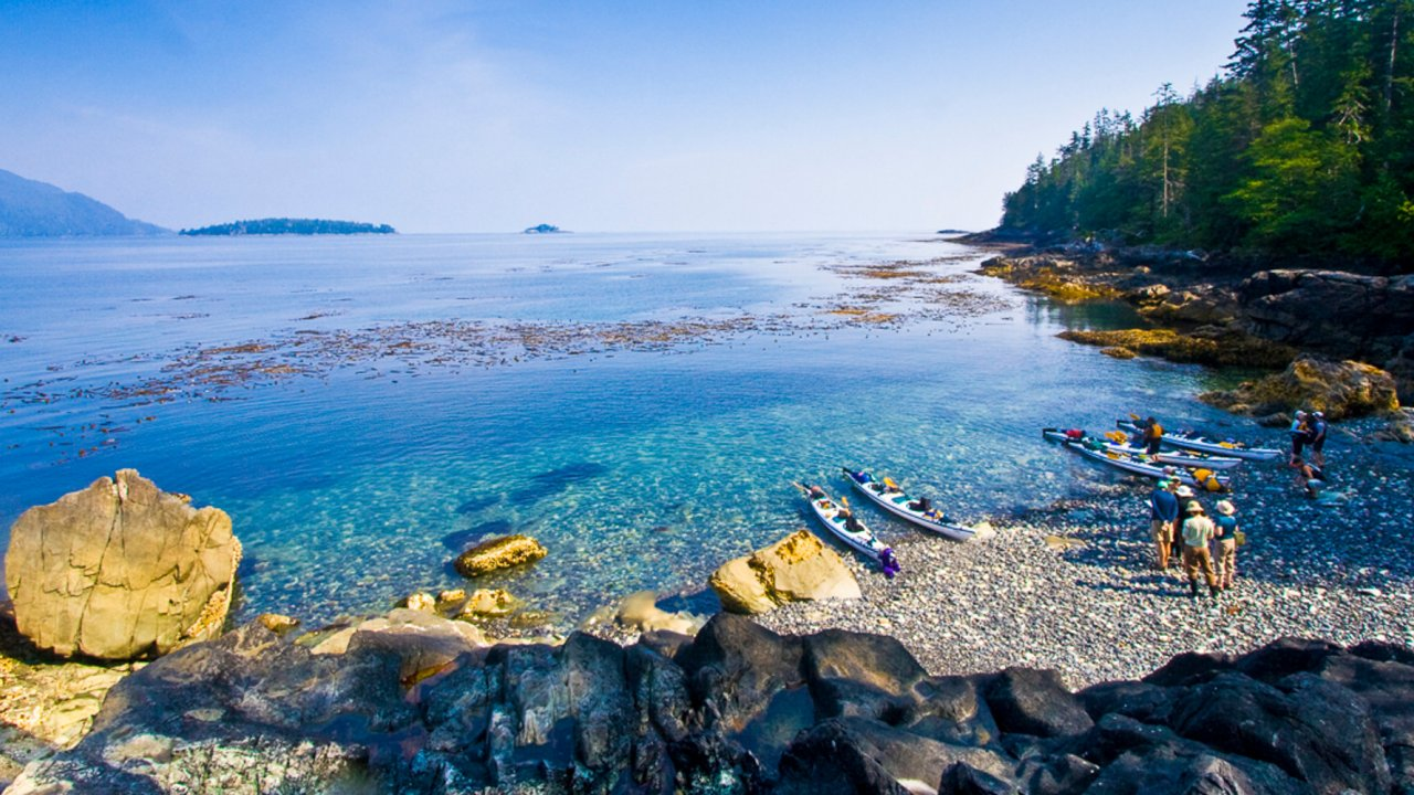 kayaks in Haida Gwaii