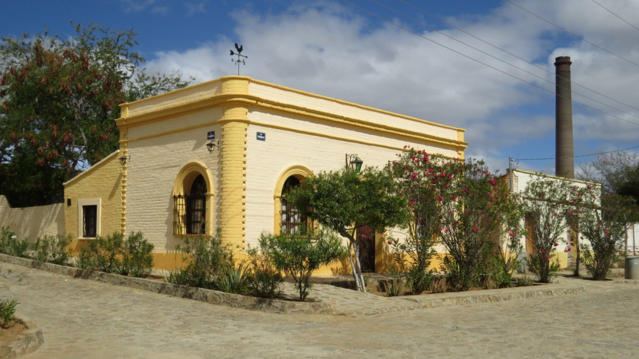 historic building in Baja near el triunfo