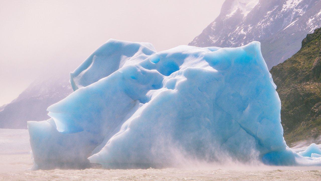 patagonia iceburg