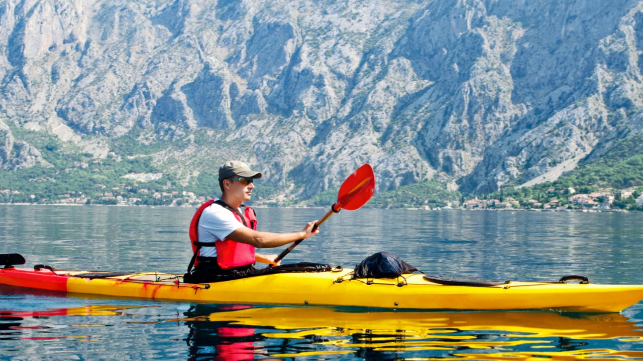 sea kayak in montenegro