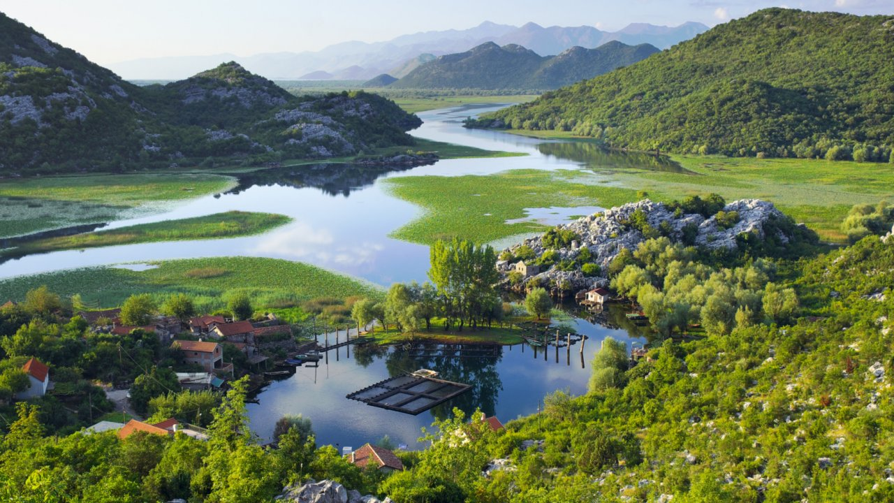 lake in skadar national park