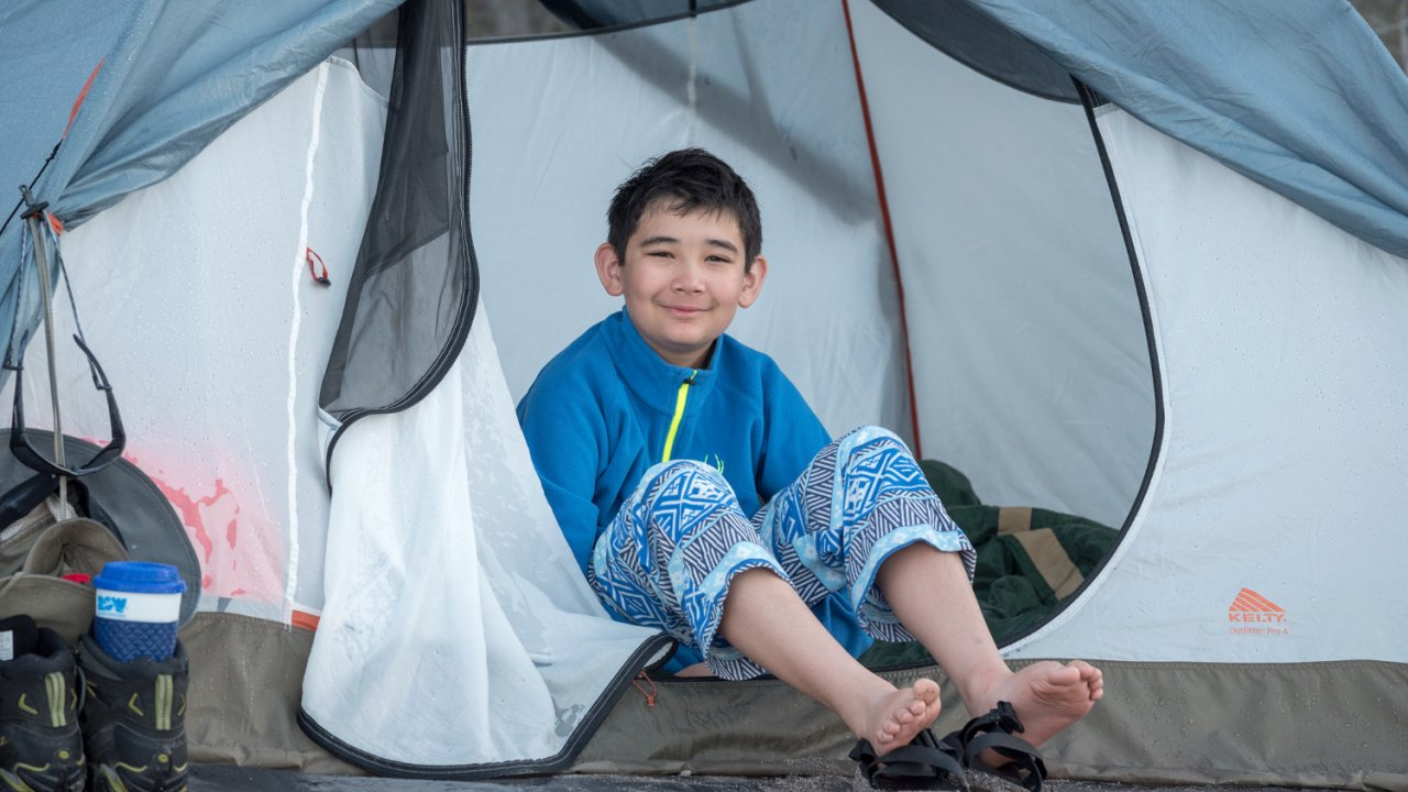 boy in tent, baja