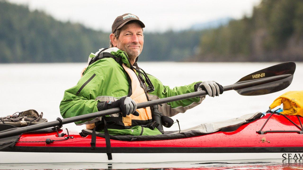 sea kayak in johnstone strait